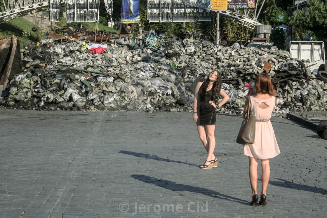 kiev ukraine august 5 2014 young girls posing in front of one
