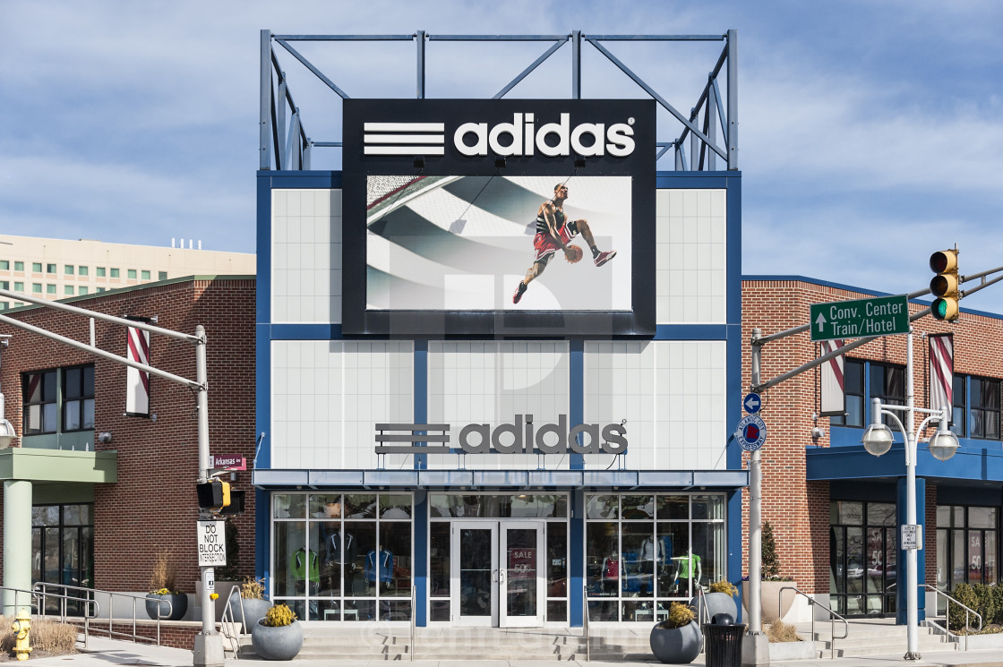 Outlet New Jersey >> Adidas Factory Store Outlet Atlantic City New Jersey Usa