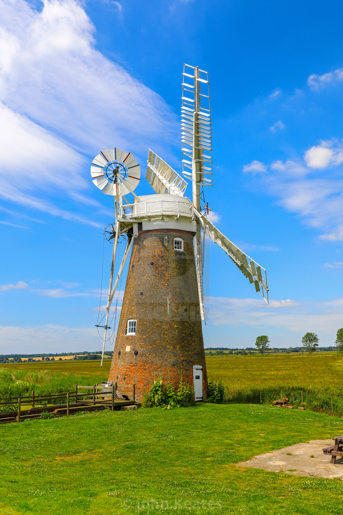 """Hardley Drainage windmill, Hardley Marshes, Norfolk Broads, Norf"" stock image"