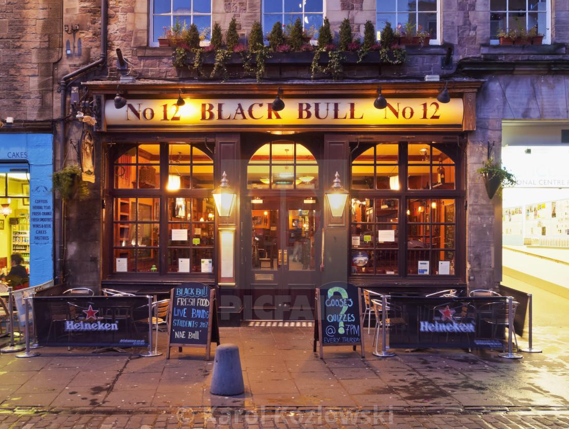 UK, Scotland, Lothian, Edinburgh, Twilight view of the Black