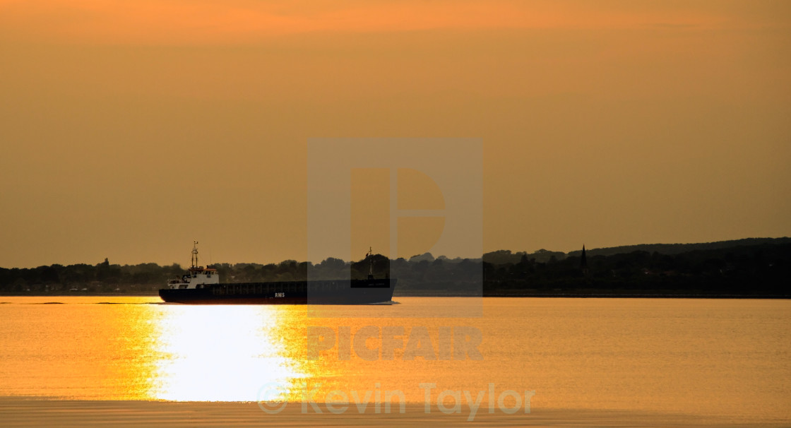 """SAILING DOWN THE HUMBER"" stock image"