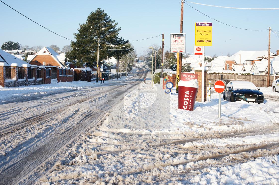 """""""Residential snow 2019 - Pack Lane, Basingstoke"""" stock image"""