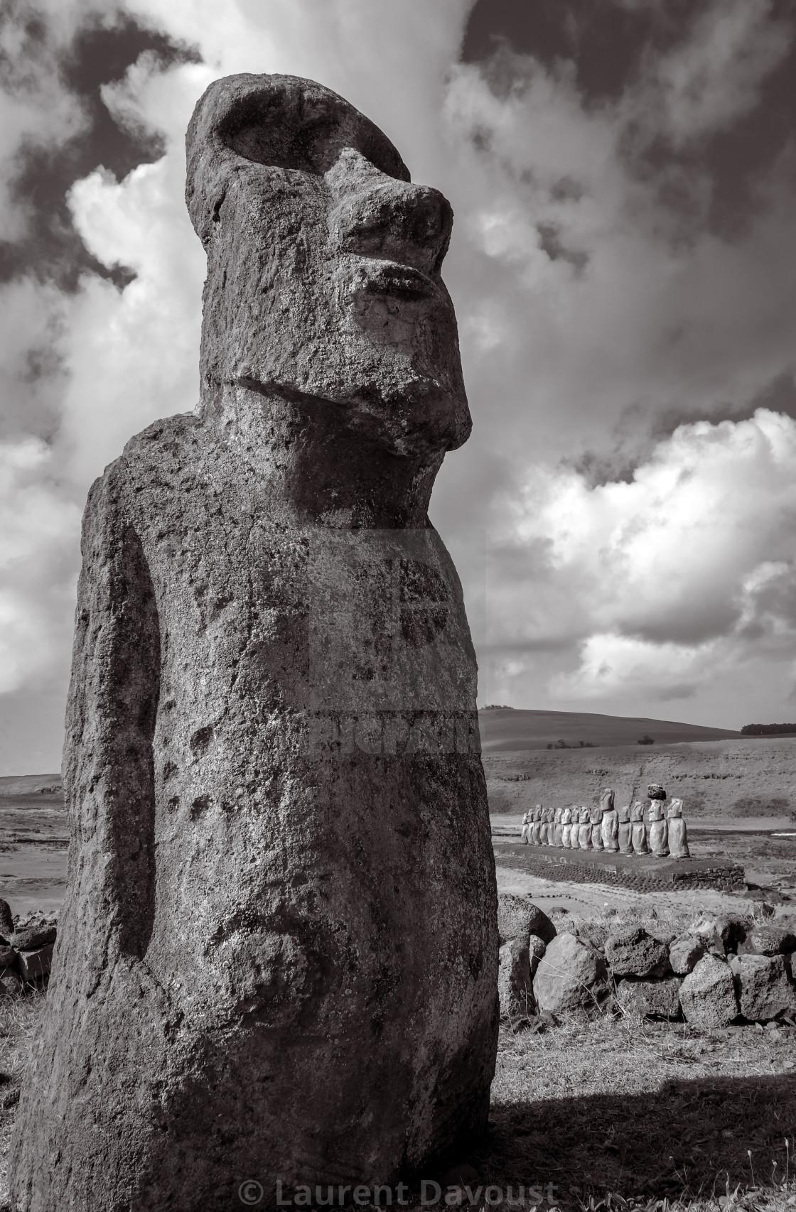 """""""Moai statue, ahu Tongariki, easter island. Black and white picture"""" stock image"""