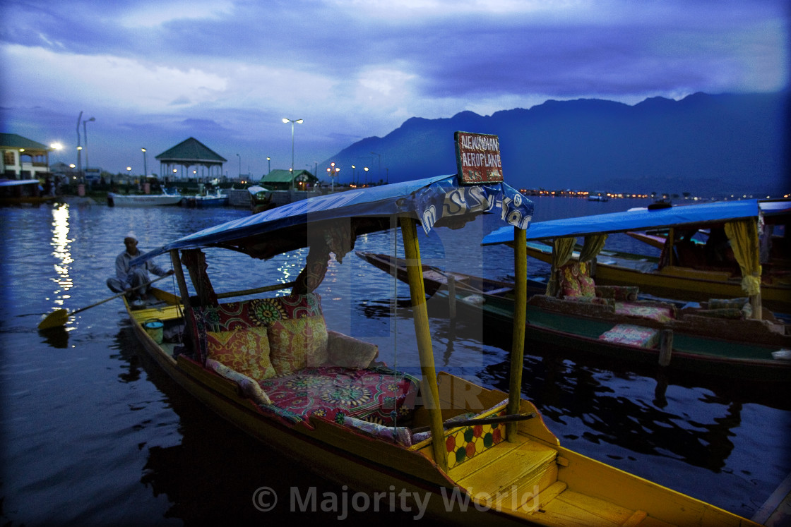 """Shikaras are a type of wooden boat found on Dal Lake, and other water bodies..."" stock image"
