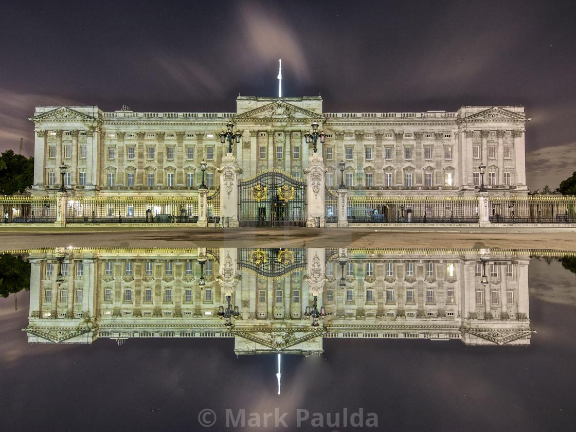 """""""Buckingham Palace Reflection"""" stock image"""
