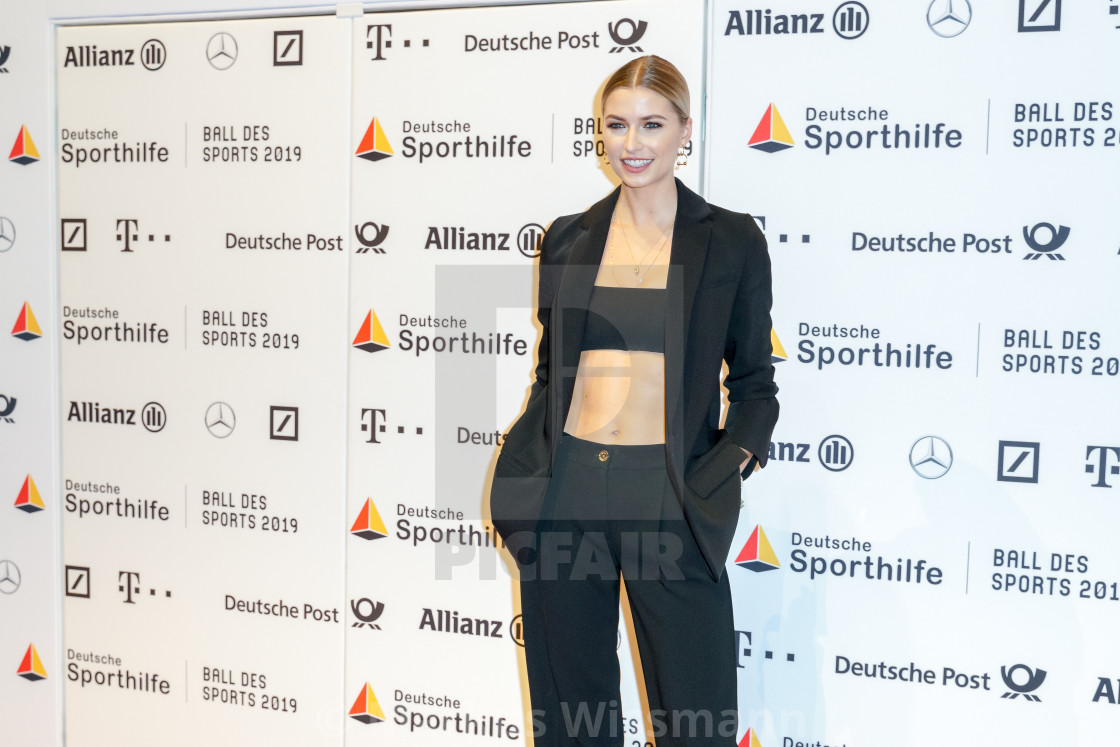 Wiesbaden Germany February 2nd 2019 Lena Gercke At Ball