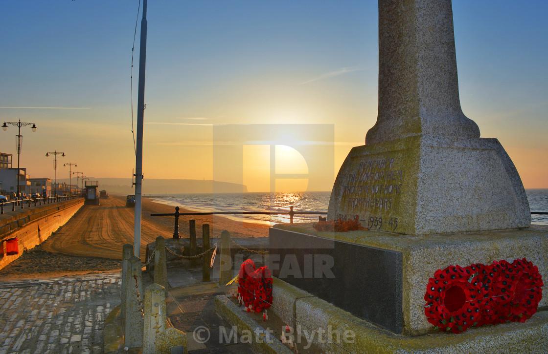 """""""War Memorial and Beach at Sunrise"""" stock image"""