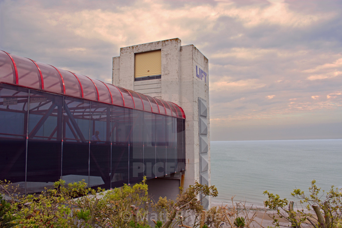 """""""The Lift Overlooking Shanklin Bay"""" stock image"""