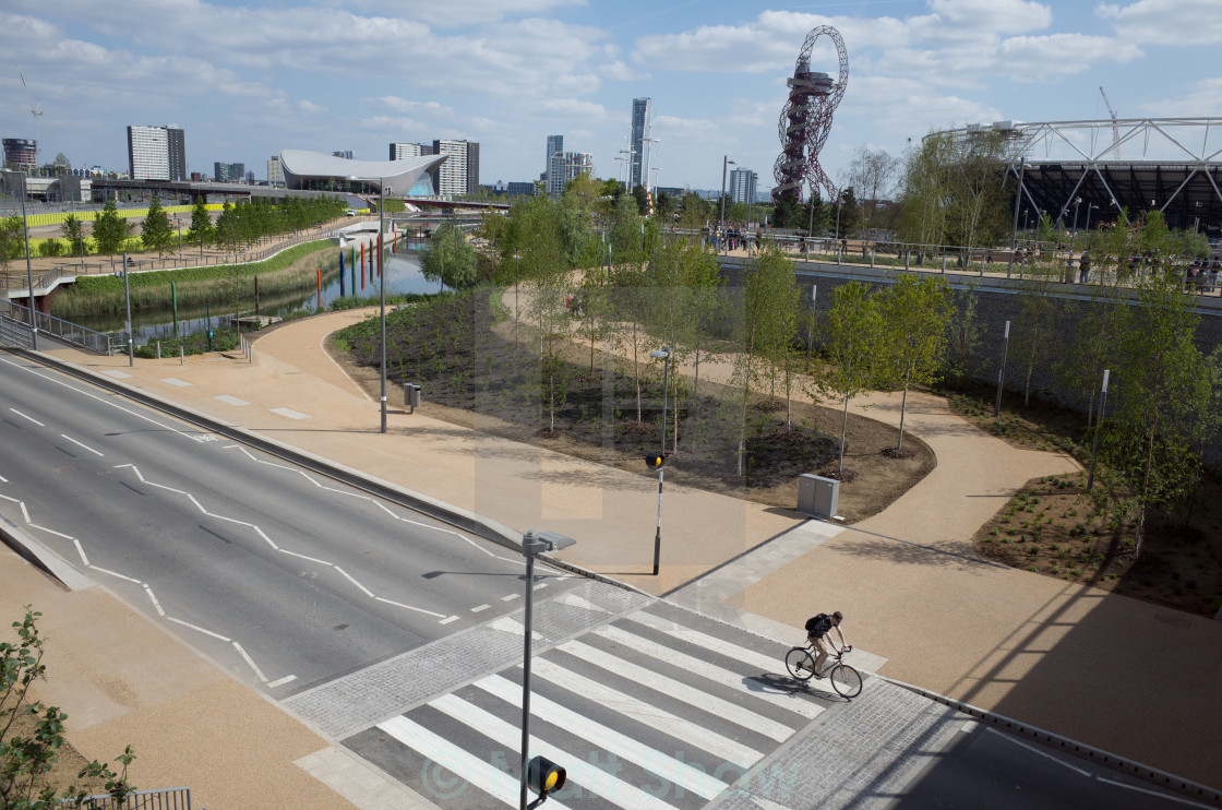 """""""Queen Elizabeth Park, Stratford, with cyclist"""" stock image"""