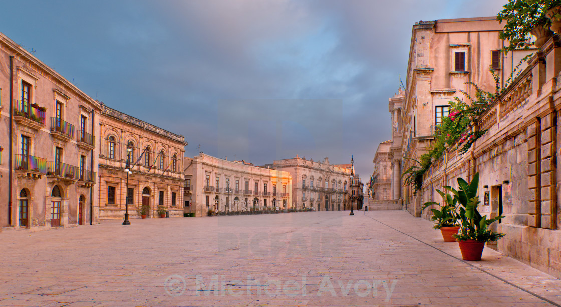 """Siracusa, Piazza del Duomo"" stock image"