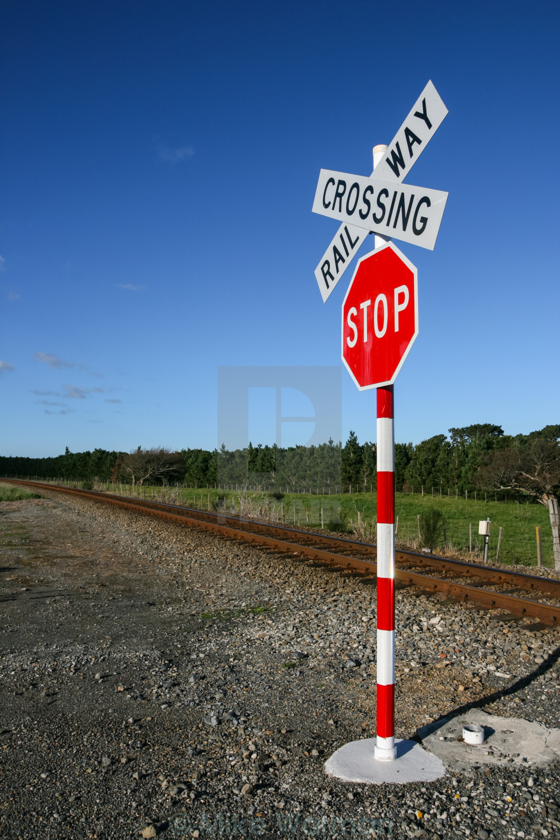 railway crossing sign - License, download or print for £6 20