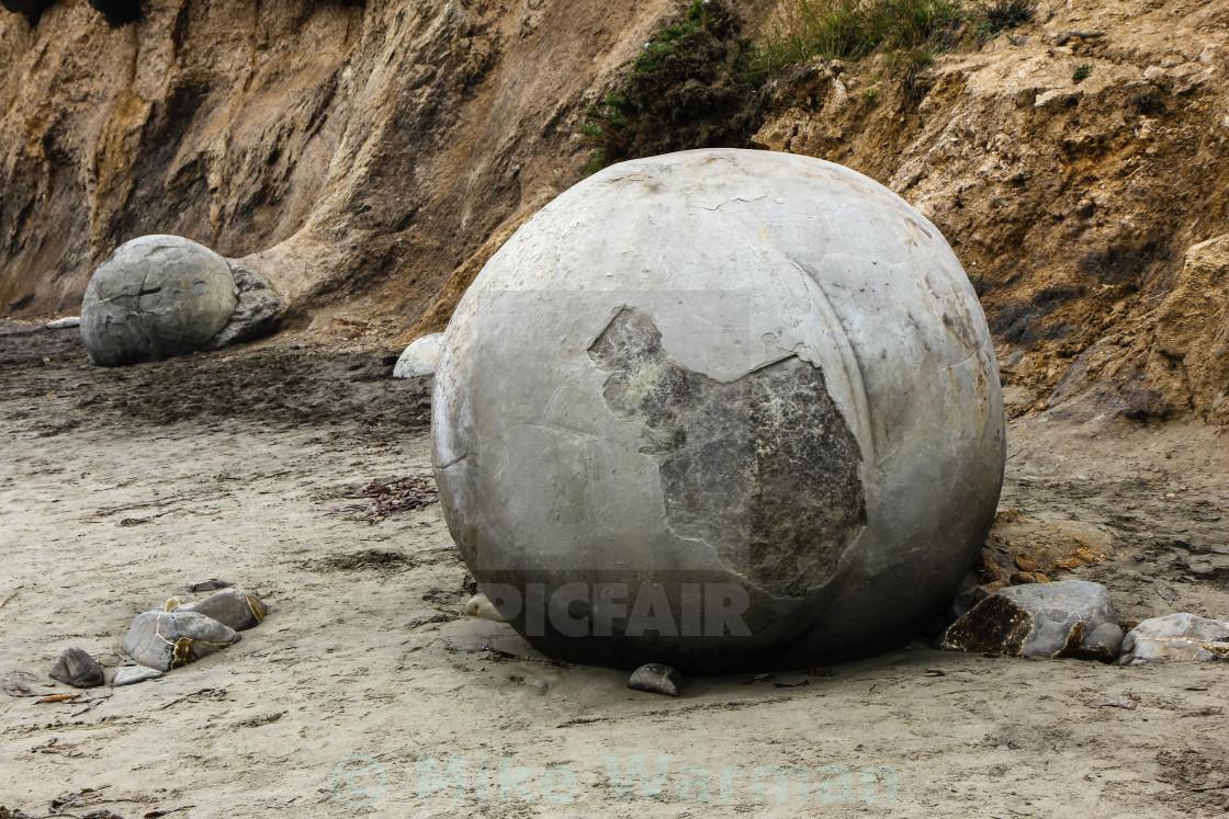 """""""Moeraki boulder"""" stock image"""
