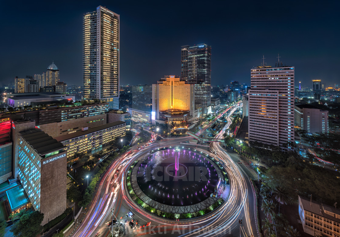 Jakarta Selamat Datang Monument Bundaran Hi License Download Or Print For 18 60 Photos Picfair