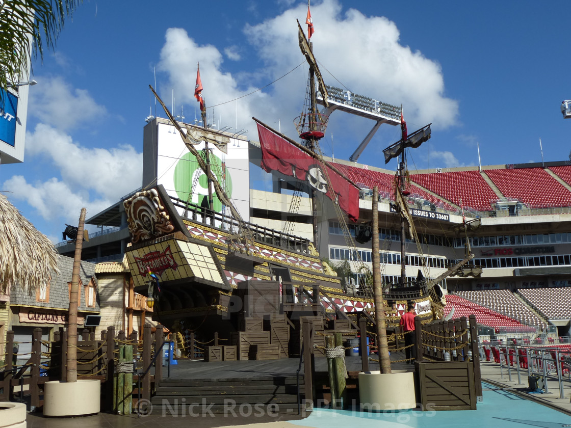 tampa bay buccaneers pirate ship license download or print for 2 48 photos picfair https www picfair com pics 07935064 tampa bay buccaneers pirate ship
