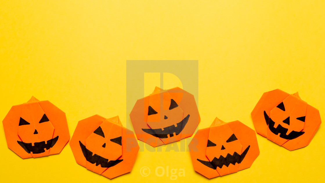 Origami A Ghost - Easy Origami instructions For Kids | 630x1120