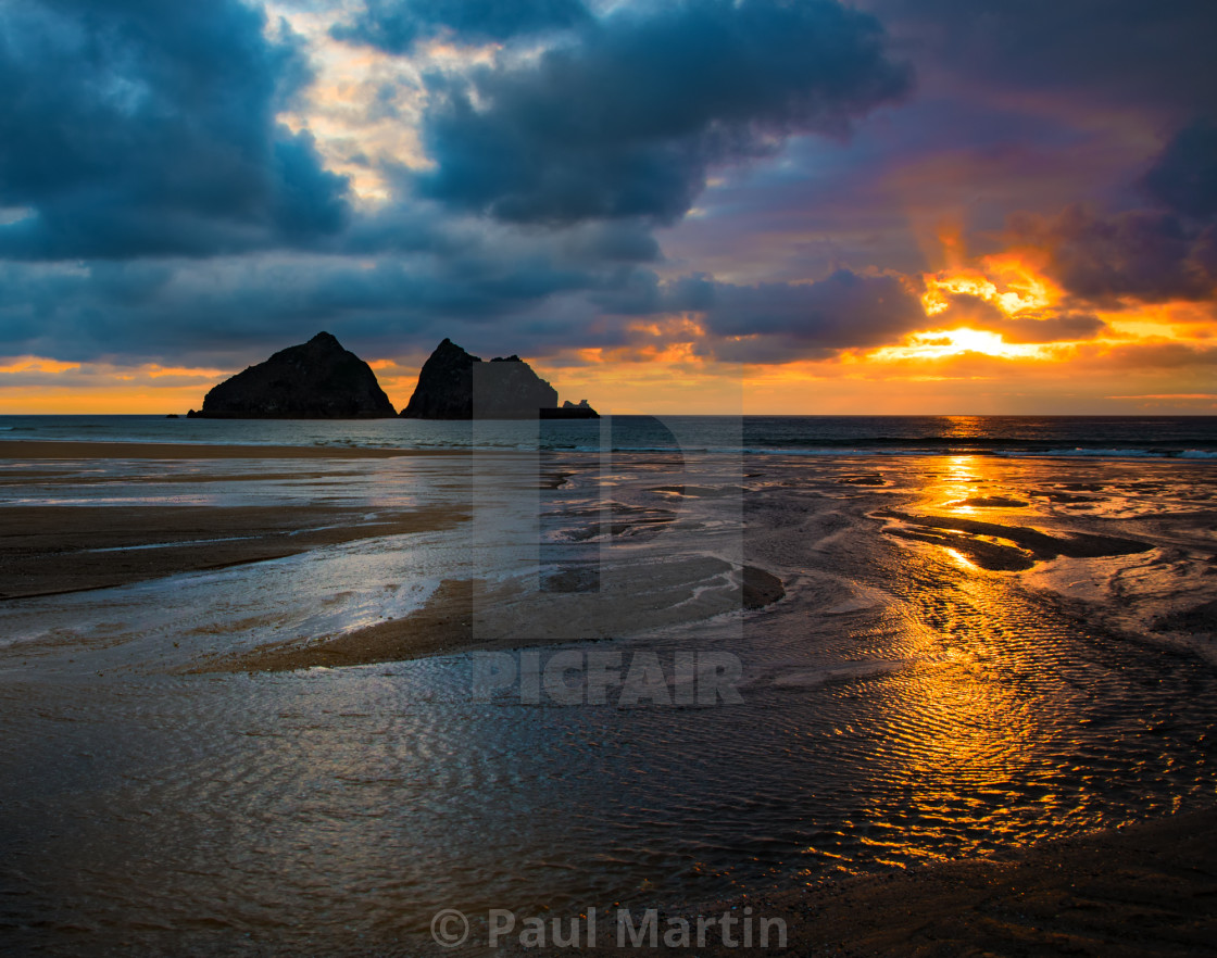 """Holywell Bay near Newquay, Cornwall"" stock image"