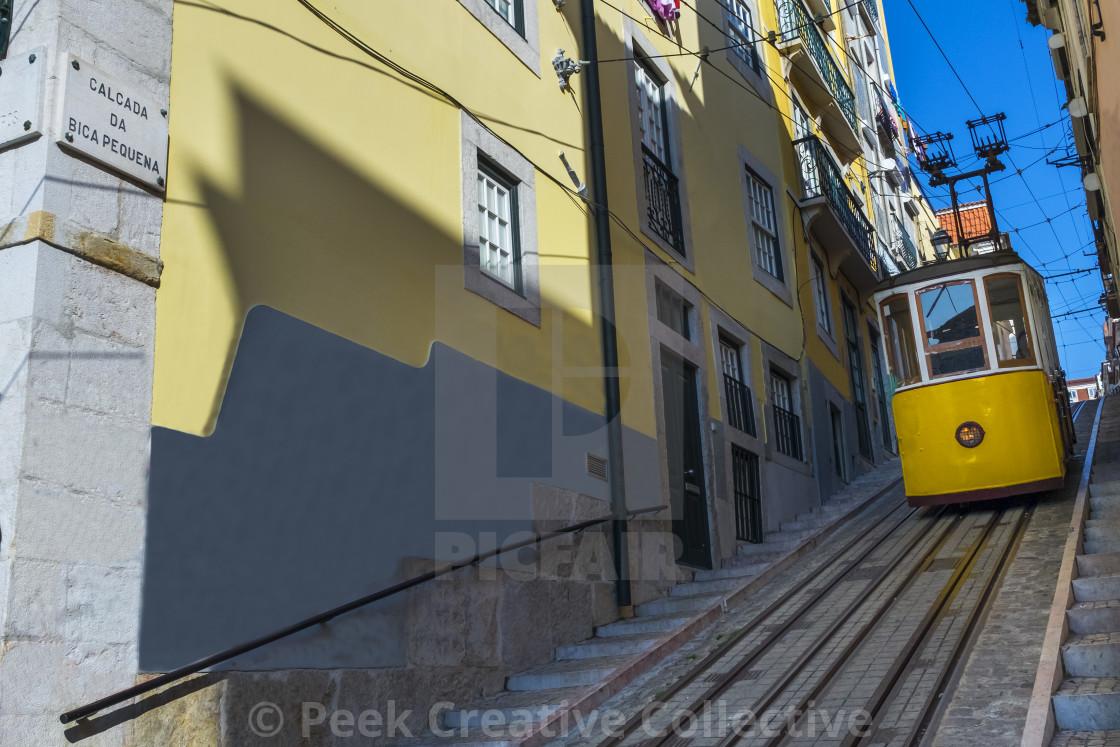 Yellow Bica Elevator Elevador Da Bica In The Historic Neighborhood