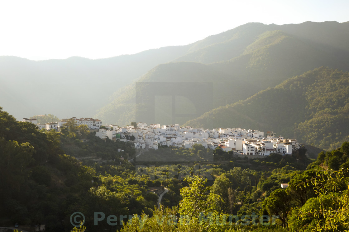"""""""The white washed spanish village of Istan"""" stock image"""