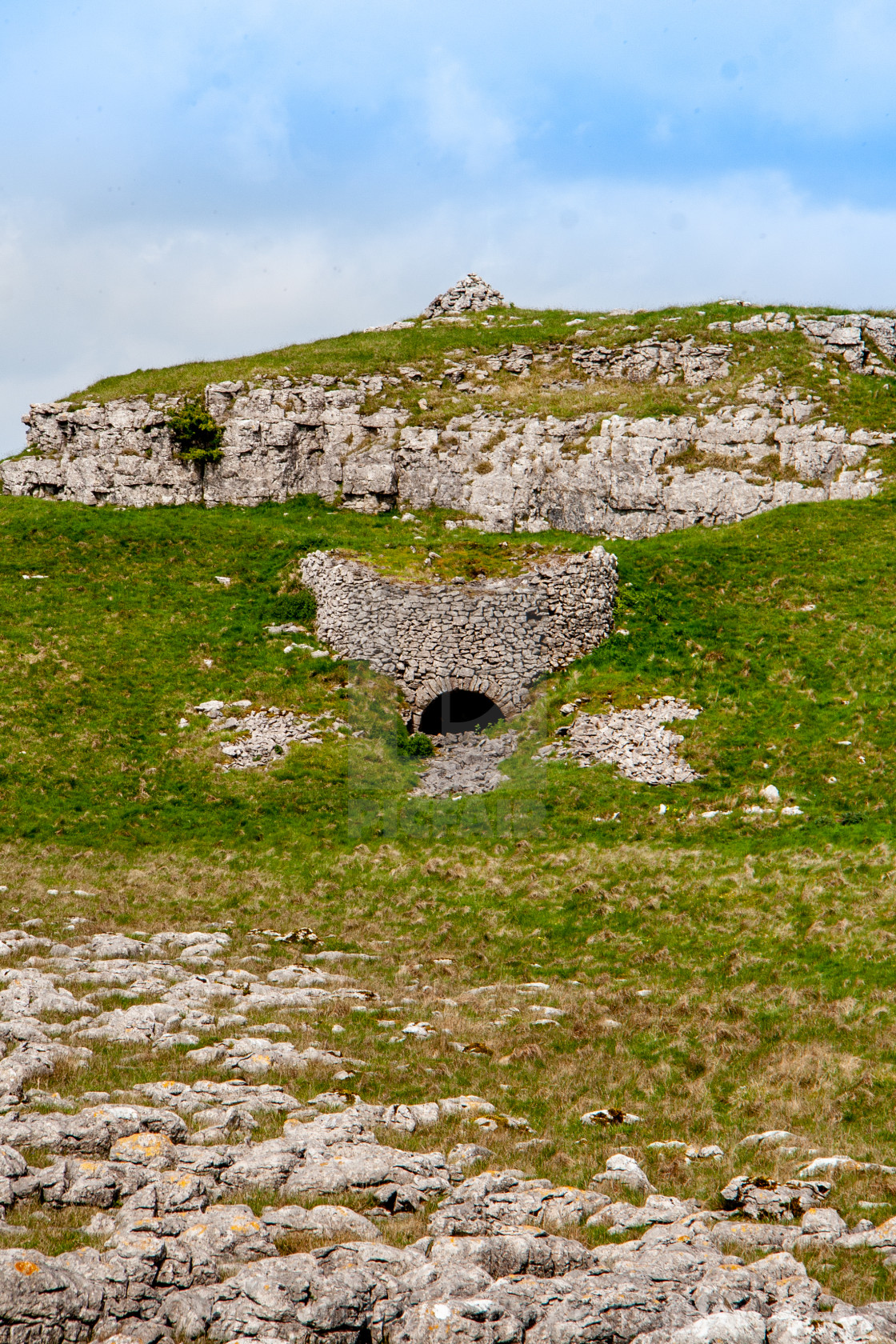 """""""Old Lime kiln at Hill Castles Scar, Conistone"""" stock image"""