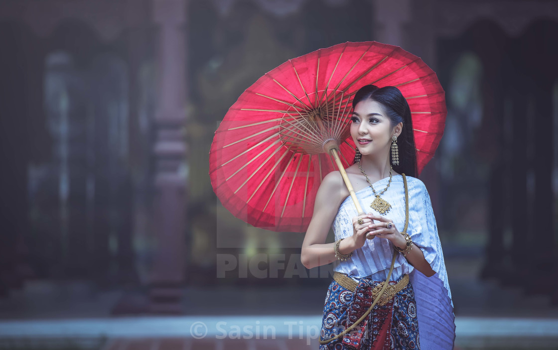 thai beautiful ladies