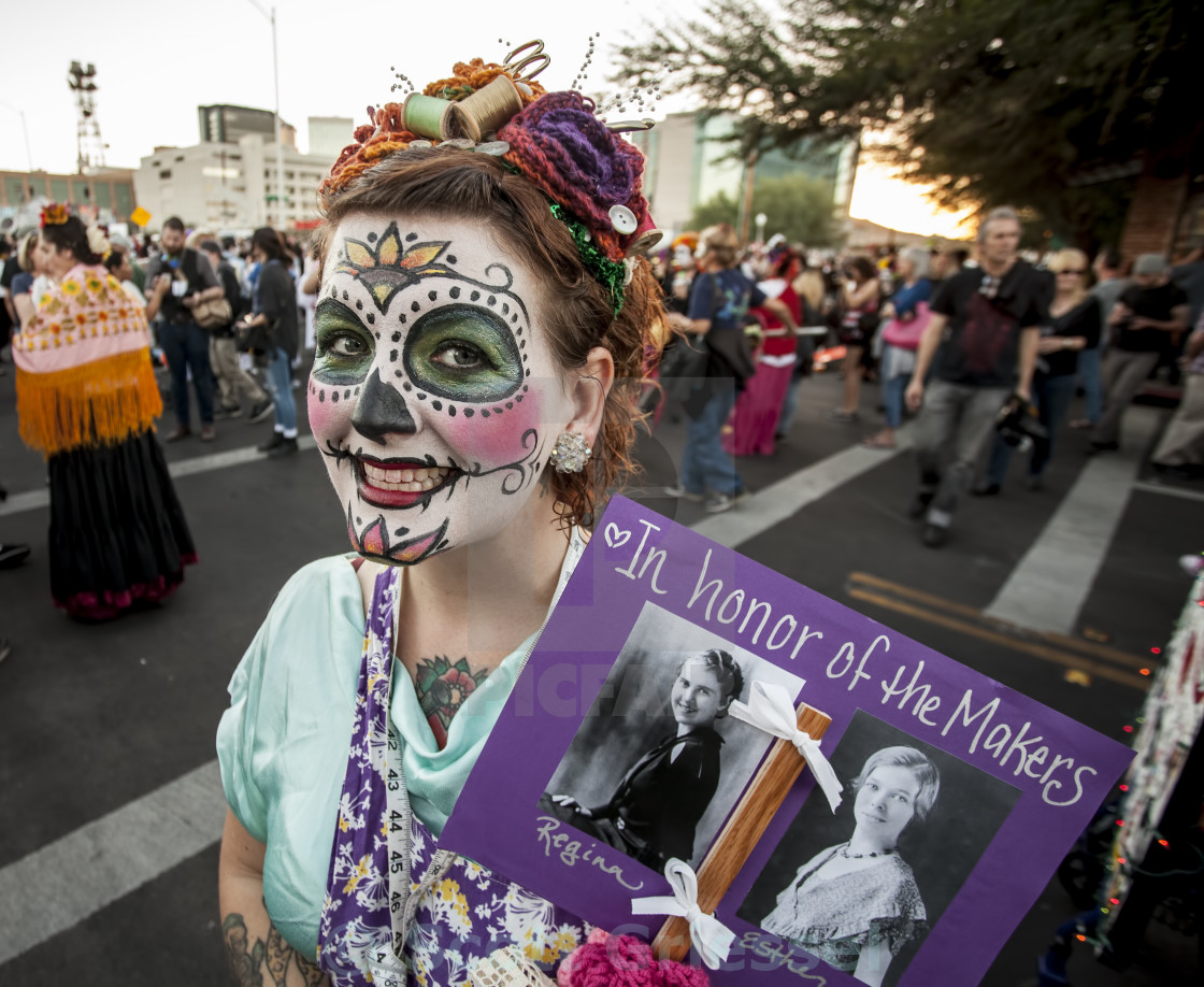 Woman With Sign In Dia De Los Muertos Makeup License Download Or Print For 7 44 Photos Picfair
