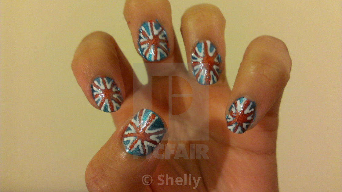 nail art - License for £6.20 on Picfair