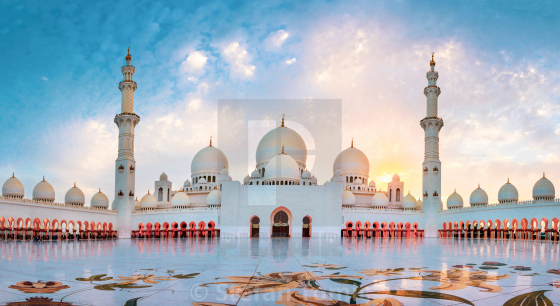 """Sheikh Zayed Grand Mosque in Abu Dhabi panoramic view"" stock image"