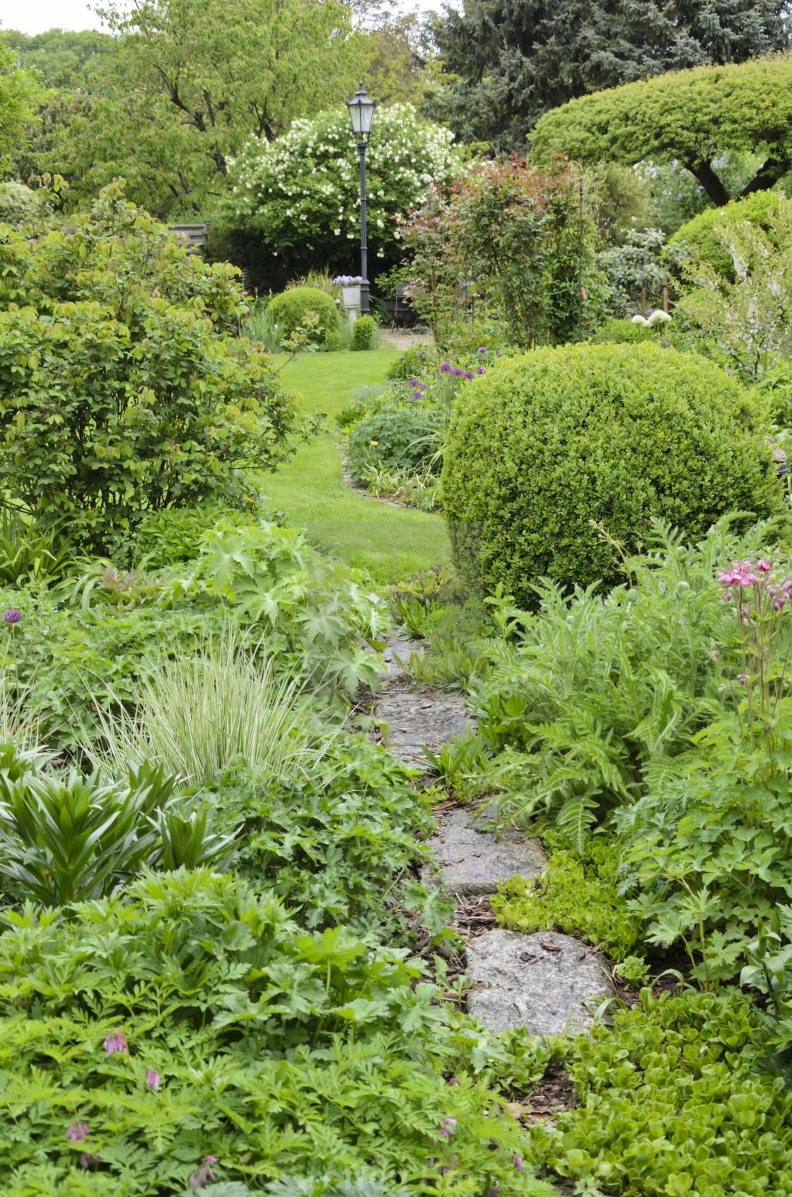 Vernal Perennial Garden Design Marianne And Detlef Luedke