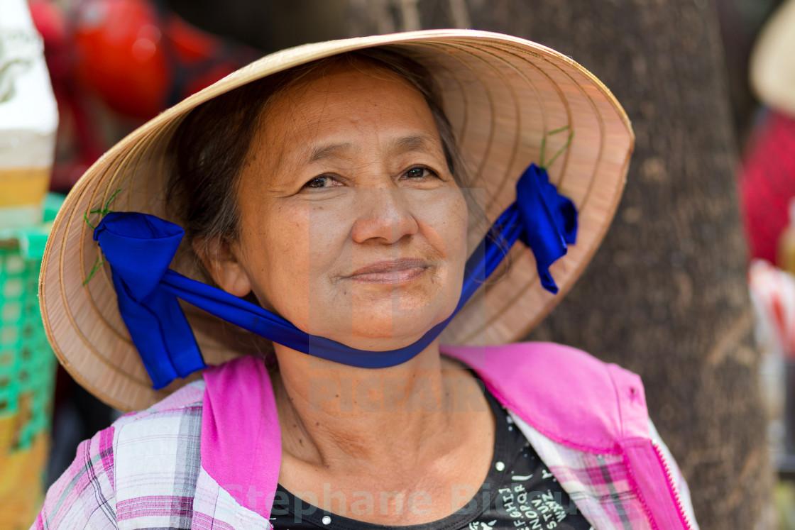 поздравление от вьетнамцев смешное доехать этих тьмой