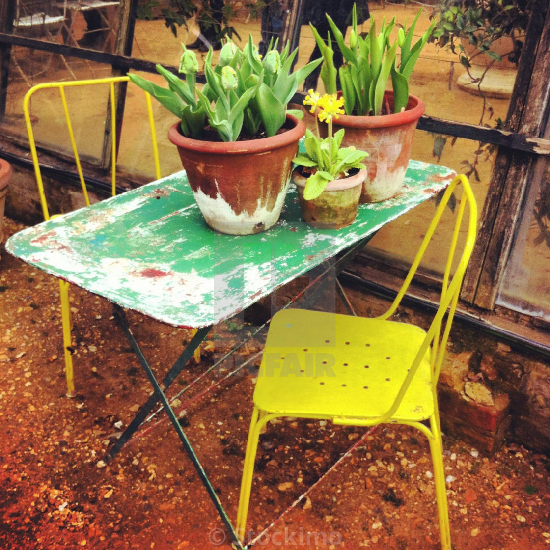 Shabby Chic Garden Furniture   License For £31.00 On Picfair
