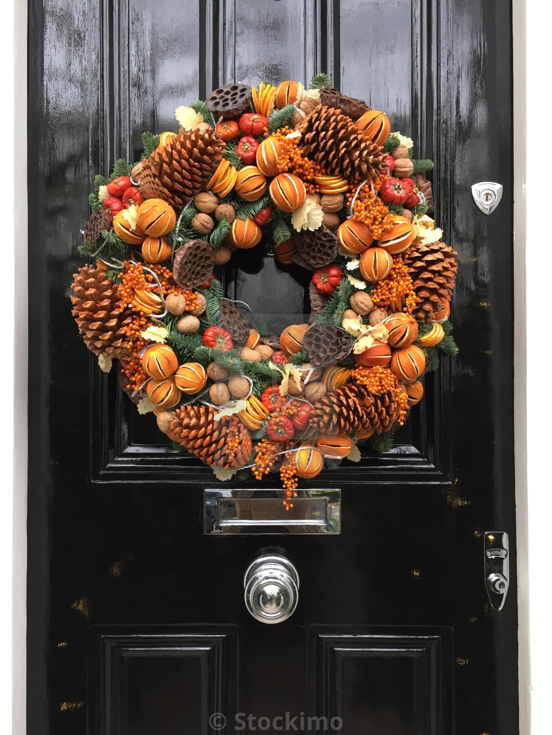 Christmas Wreath On A Door In Chelsea England License Download