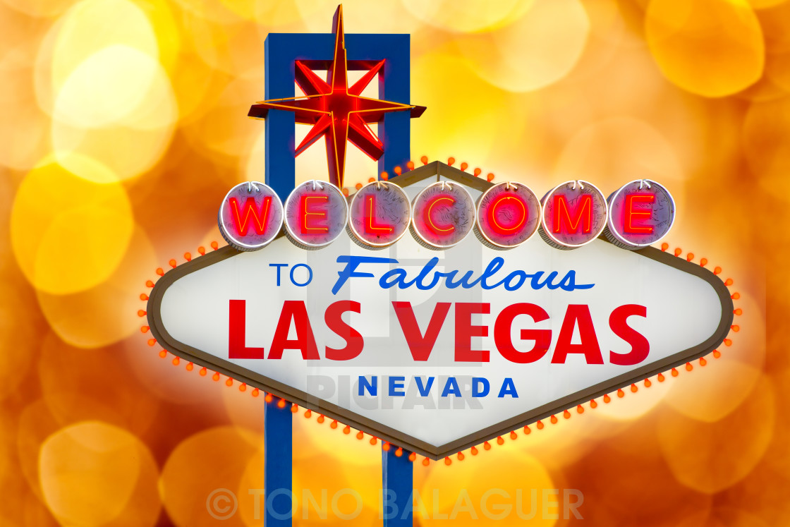 """""""Welcome to Fabulous Las Vegas sign blurred highlights"""" stock image"""