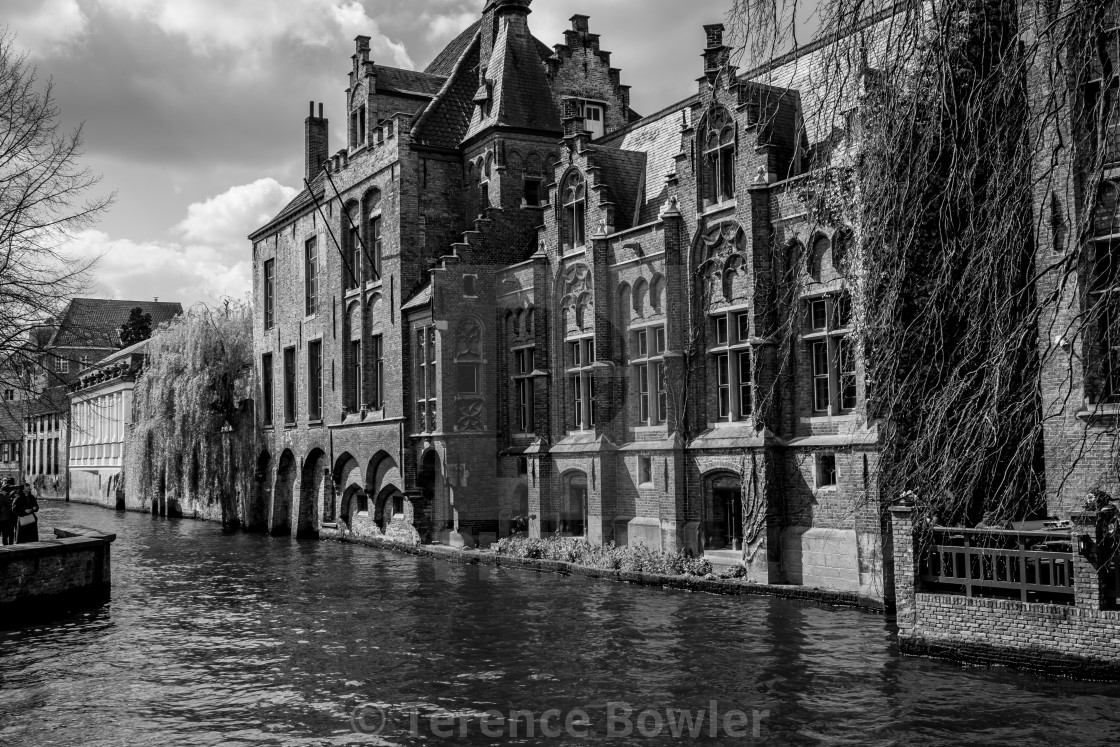 """""""Canal and buildings in Bruges"""" stock image"""