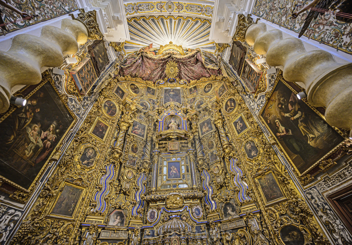 """ORNATE ALTER IN 18th CENTURY IGLESIA DE SAN LUIS DE LOS FRANCESES, SEVILLE,..."" stock image"