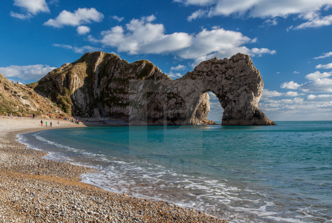 Durdle Door, Dorset, England - License for £12.40 on Picfair