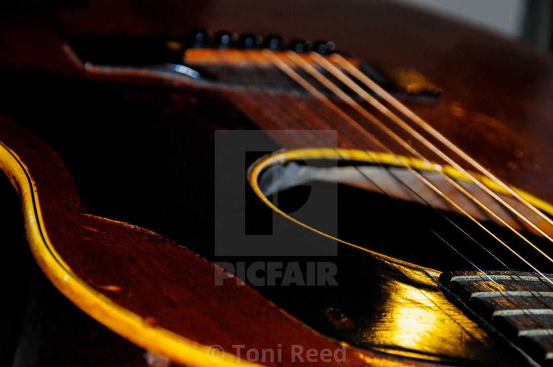 Old Gibson  - License, download or print for £1 24   Photos