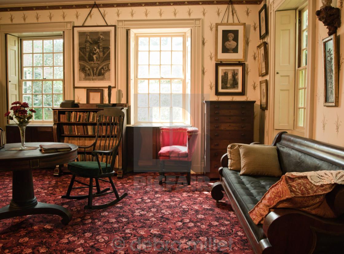 old fashioned living room | Trigger Image