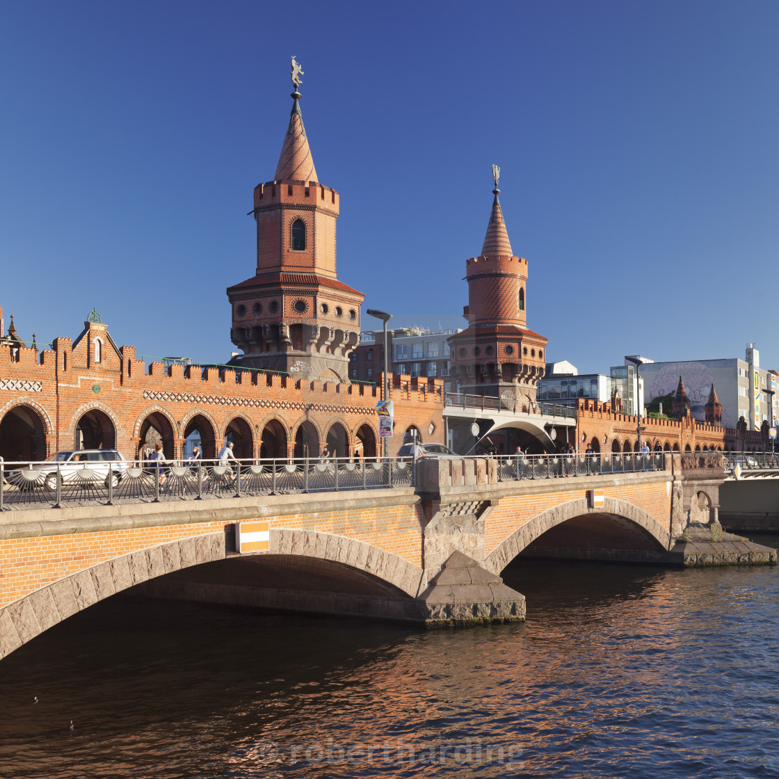 """Oberbaum Bridge between Kreuzberg and Friedrichshain, Spree River, Berlin,..."" stock image"