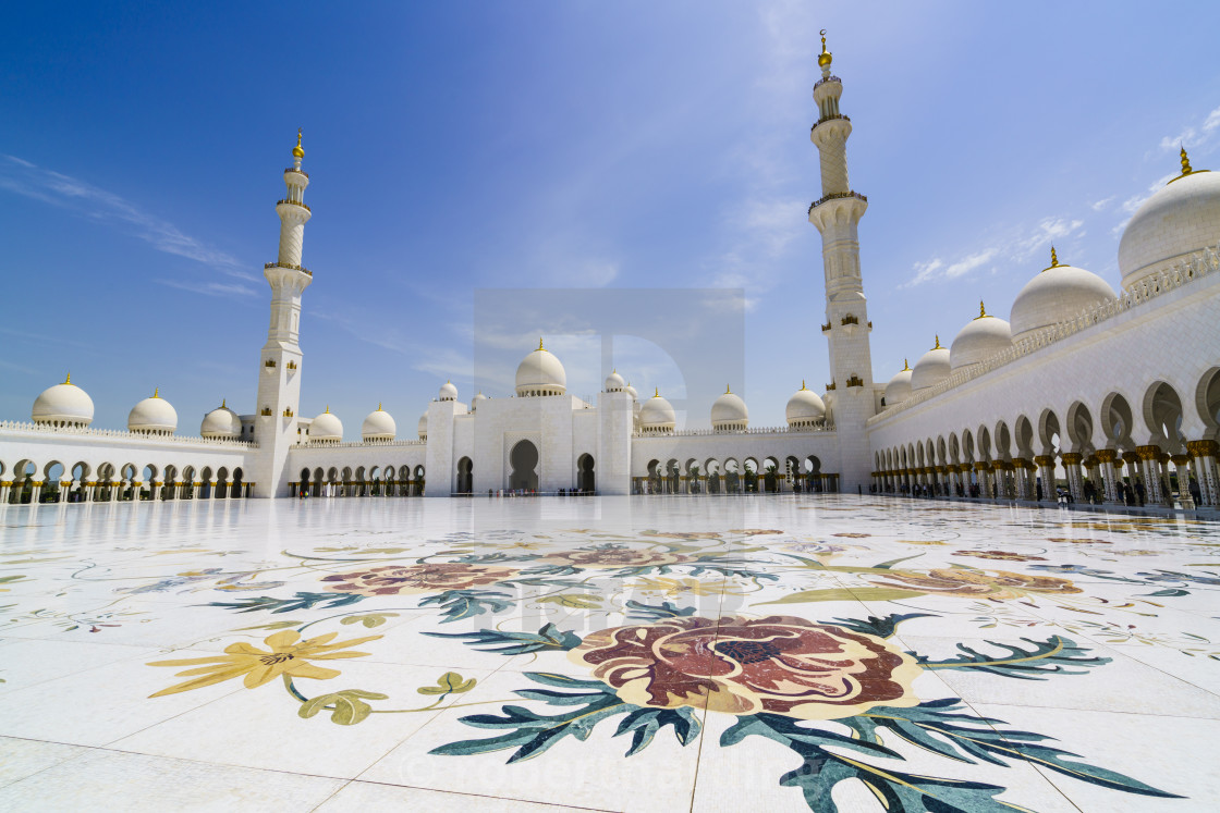 """Sheikh Zayed Grand Mosque, Abu Dhabi, United Arab Emirates, Middle East"" stock image"