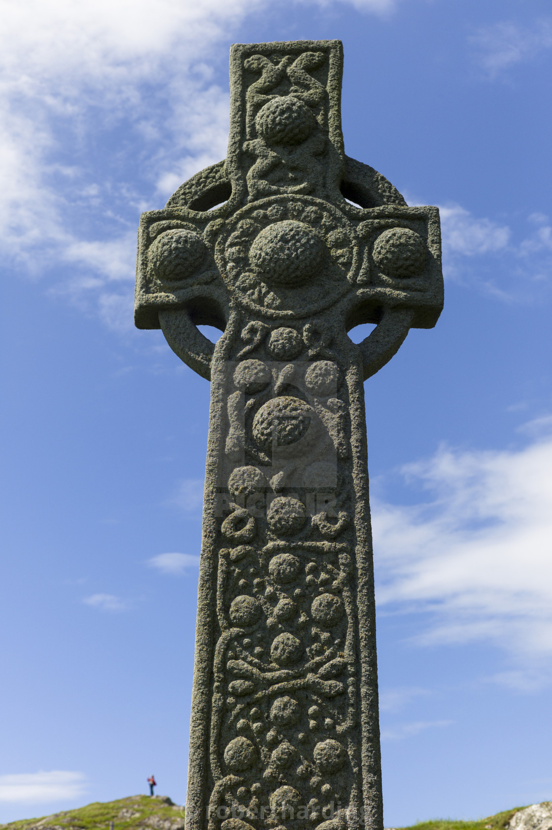 Traditional Celtic Cross On Isle Of Iona In Scotland, United Kingdom ...