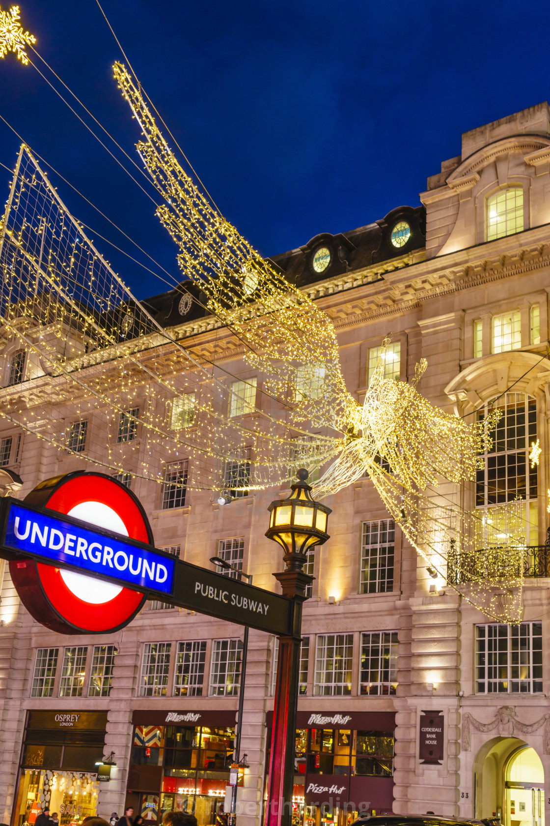 England Christmas Decorations.Christmas Decorations At Piccadilly Circus London England