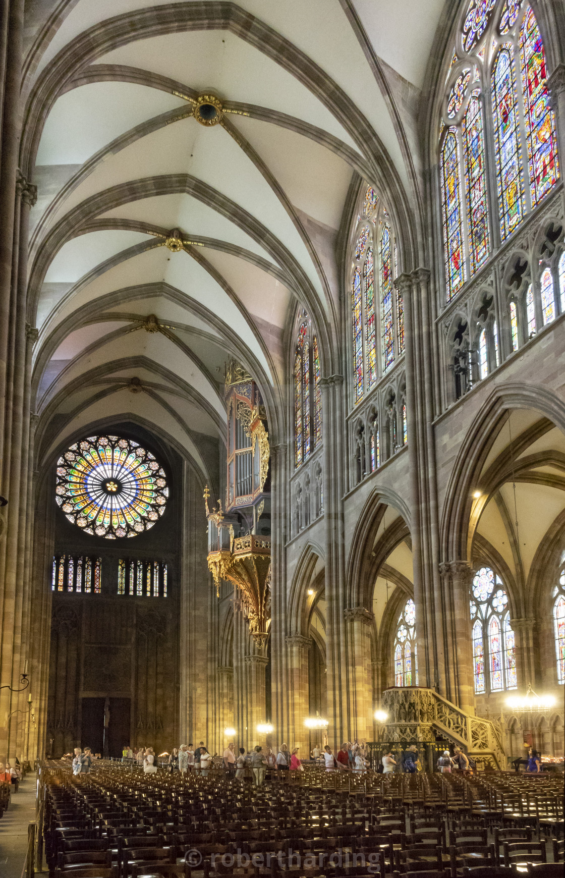 Nave looking W, Strasbourg Cathedral, France - License
