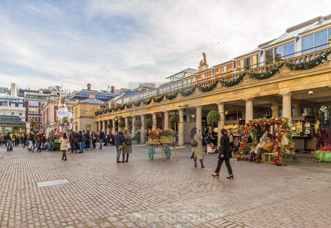 United Kingdom Christmas.Christmas In Covent Garden Market In London England