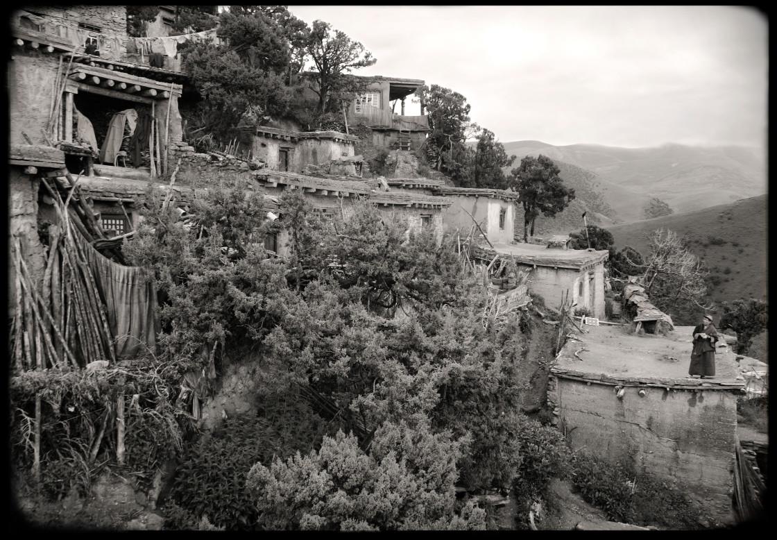 """""""Earthen Homes, Dechen Ling Nunnery, Nangchen, Tibet"""" stock image"""