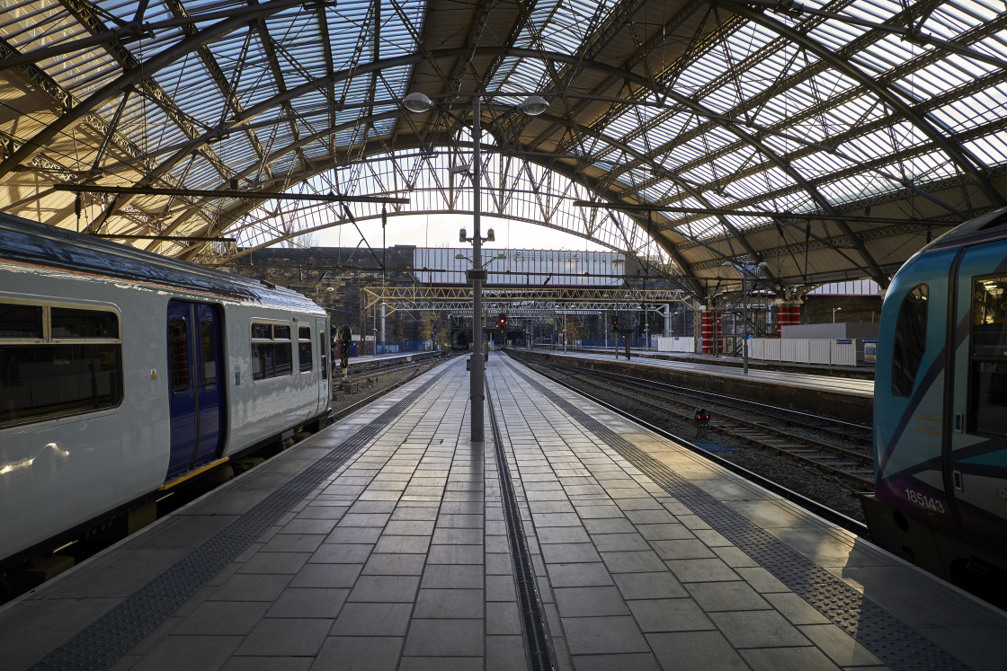 """""""Liverpool Lime Street station"""" stock image"""