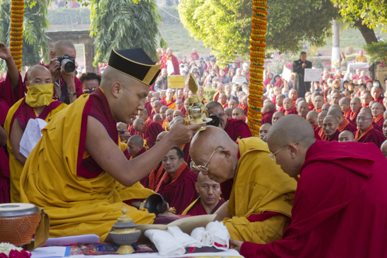 """Karmapa blessing, Tenga Rinpoche, Bodhgaya"" stock image"