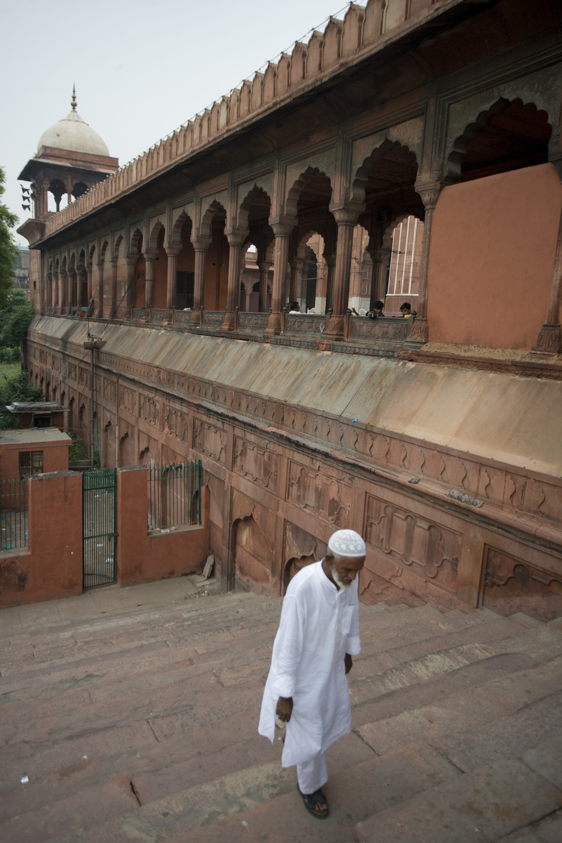 """Muslim man walking to prayer, Jama Masjid, Old Dehli, India-3T73"" stock image"