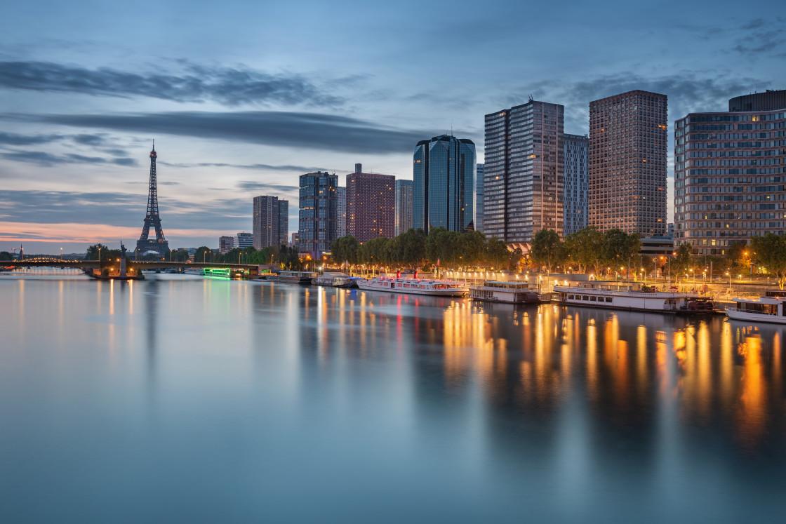"""""""Paris cityscape taken at dawn, Paris, France"""" stock image"""