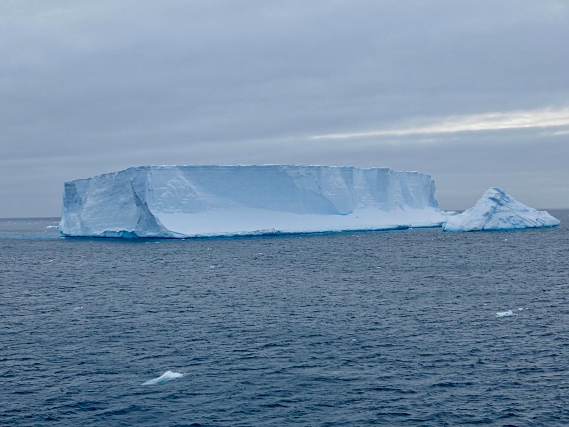 """Tabular iceberg in Southern Ocean"" stock image"