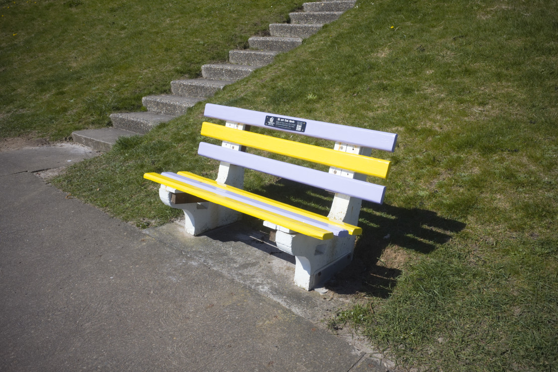 """""""A sit and chat seaside bench"""" stock image"""